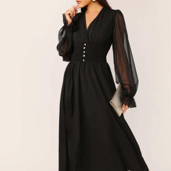 Dresses & Skirts - NEW🌟 CHIFFON DRESS💕